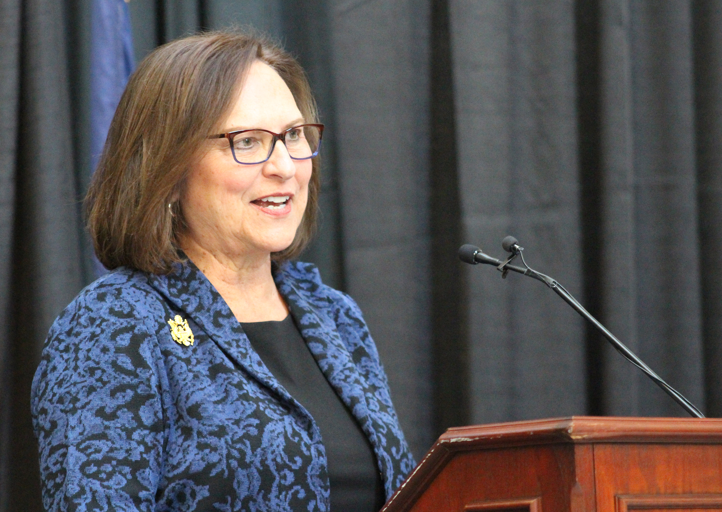 U.S. Sen. Deb Fischer delivers remarks during Brian C. Buescher's investiture ceremony at the Hruska Federal Courthouse on Friday, Nov. 15, 2019. (Photo by Scott Stewart)