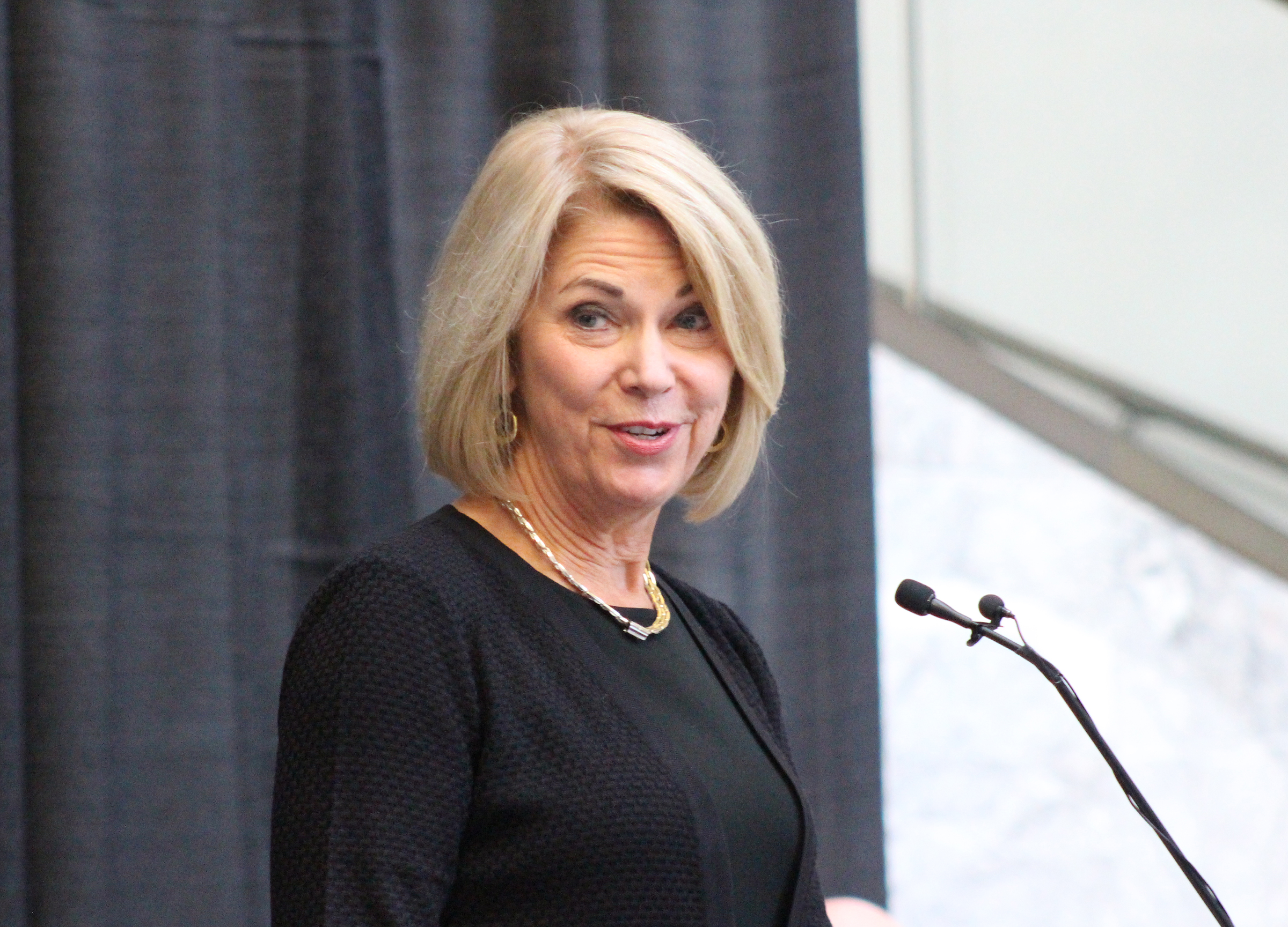 Omaha Mayor Jean Stothert delivers remarks during Brian C. Buescher's investiture ceremony at the Hruska Federal Courthouse on Friday, Nov. 15, 2019. (Photo by Scott Stewart)
