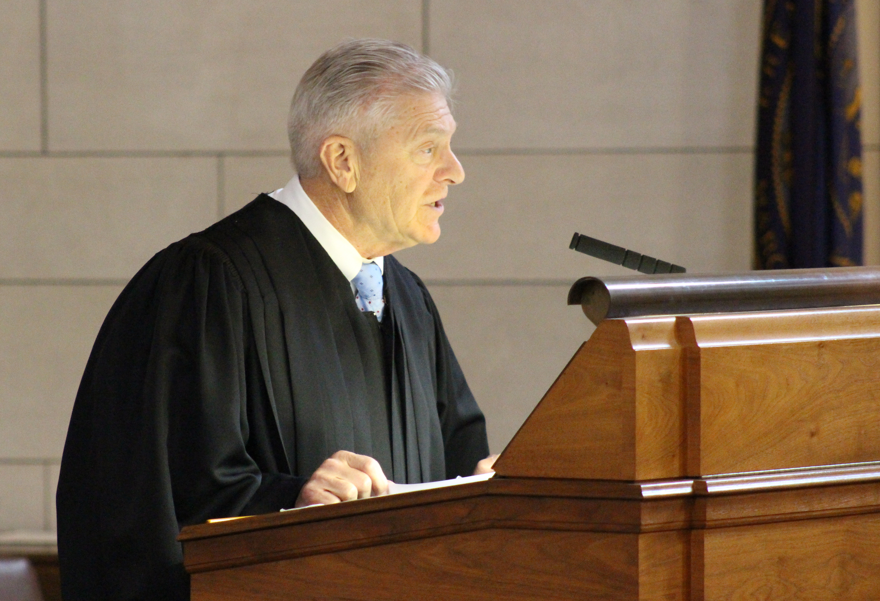 Nebraska Supreme Court Chief Justice Michael Heavican delivers the State of the Judiciary address to lawmakers at the Nebraska Legislature on Wednesday, Jan. 22, 2020. (Photo by Scott Stewart)